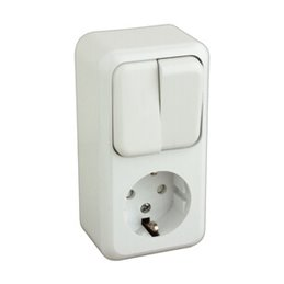 Base Schuko con doble interruptor.